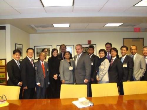 (13-16 April 2010) KLBC in Washington and New York - 3