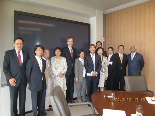(13-16 April 2010) KLBC in Washington and New York - 5