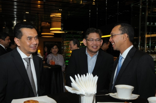(21 March 2013) Breakfast Briefing on with Dr Farish Noor - 4