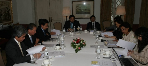 (21 May 2009) Fireside Chat with Chief Secretary to the Government - 13