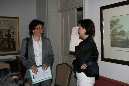 (21 May 2009) Fireside Chat with Chief Secretary to the Government - 16