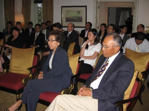 (26 November 2008) KLBC Fireside Chat With US Ambassador HE James Keith - 7
