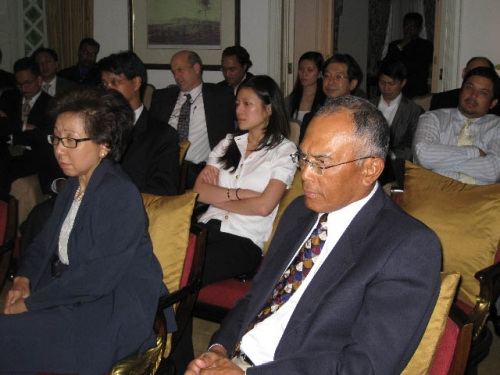 (26 November 2008) KLBC Fireside Chat With US Ambassador HE James Keith - 8