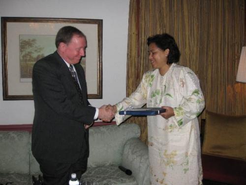 (26 November 2008) KLBC Fireside Chat With US Ambassador HE James Keith - 9