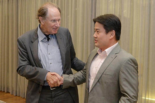 (28 October 2015) KLBC Dinner with Mr David Bonderman - 10