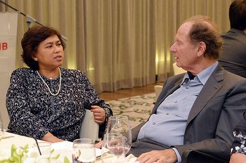 (28 October 2015) KLBC Dinner with Mr David Bonderman - 6