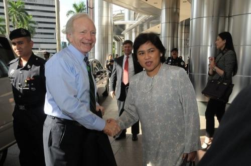 (30 May - 1 June 2012) Visit by US Senators John McCain and Joseph Liberman - 1