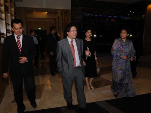 (31 January 2011) Fireside Chat with Dato  Sri Idris Jala - 1