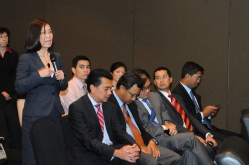 (31 January 2012) Fireside Chat with YB Dato  Mukhriz Mahathir - 14