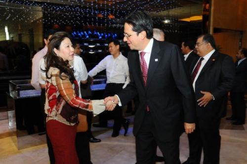 (31 January 2012) Fireside Chat with YB Dato  Mukhriz Mahathir - 5