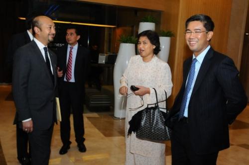(31 January 2012) Fireside Chat with YB Dato  Mukhriz Mahathir - 6