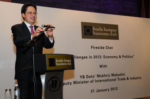 (31 January 2012) Fireside Chat with YB Dato  Mukhriz Mahathir - 8