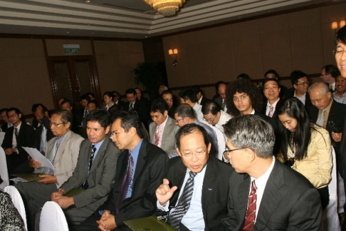 (3 July 2009) Dialogue with Vice Chairman of Goldman Sachs Asia - 8