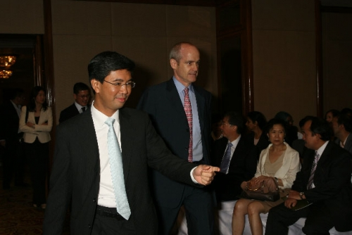 (3 July 2009) Dialogue with Vice Chairman of Goldman Sachs Asia - 9