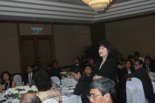 (6 March 2009) Luncheon with Chairman of DBS Group Holdings - 16