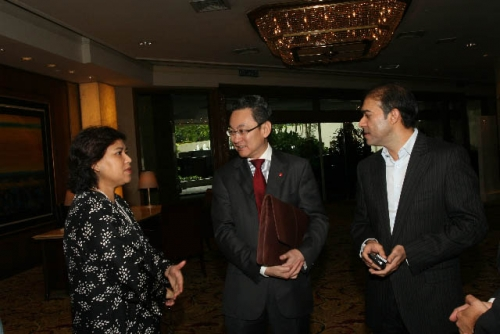 (6 March 2009) Luncheon with Chairman of DBS Group Holdings - 4