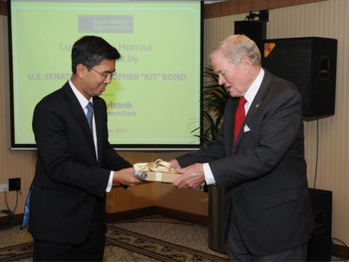 (6 October 2011) KLBC Luncheon in Honour of the Visit by US Senator - 11