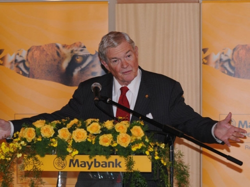(6 October 2011) KLBC Luncheon in Honour of the Visit by US Senator - 7