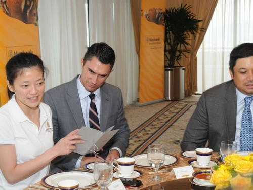 (6 October 2011) KLBC Luncheon in Honour of the Visit by US Senator - 8
