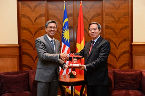 (8 August 2015) KLBC-ABC Special Dialogue with Prime Minister of Vietnam - 2